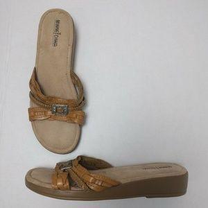 MinneTonka Sandal 11 Tan Leather Sandal Slide